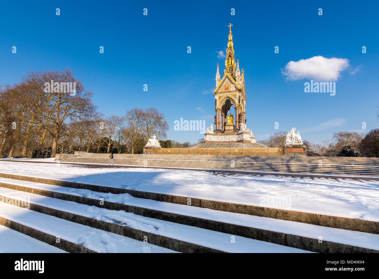 London, UK - February 2, 2018: The Royal Albert Memorial in Hyde Park covered in snow - Stock Image