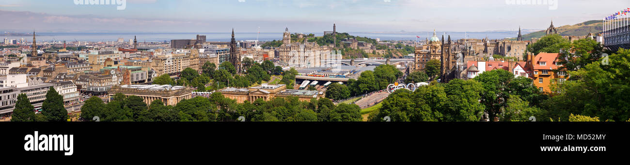 EDINBURGH, UK - AUG 9, 2012: Panoramic aerial view of the Old and New Town of Edinburg during the Olympics and the Fringe Festival - Stock Image