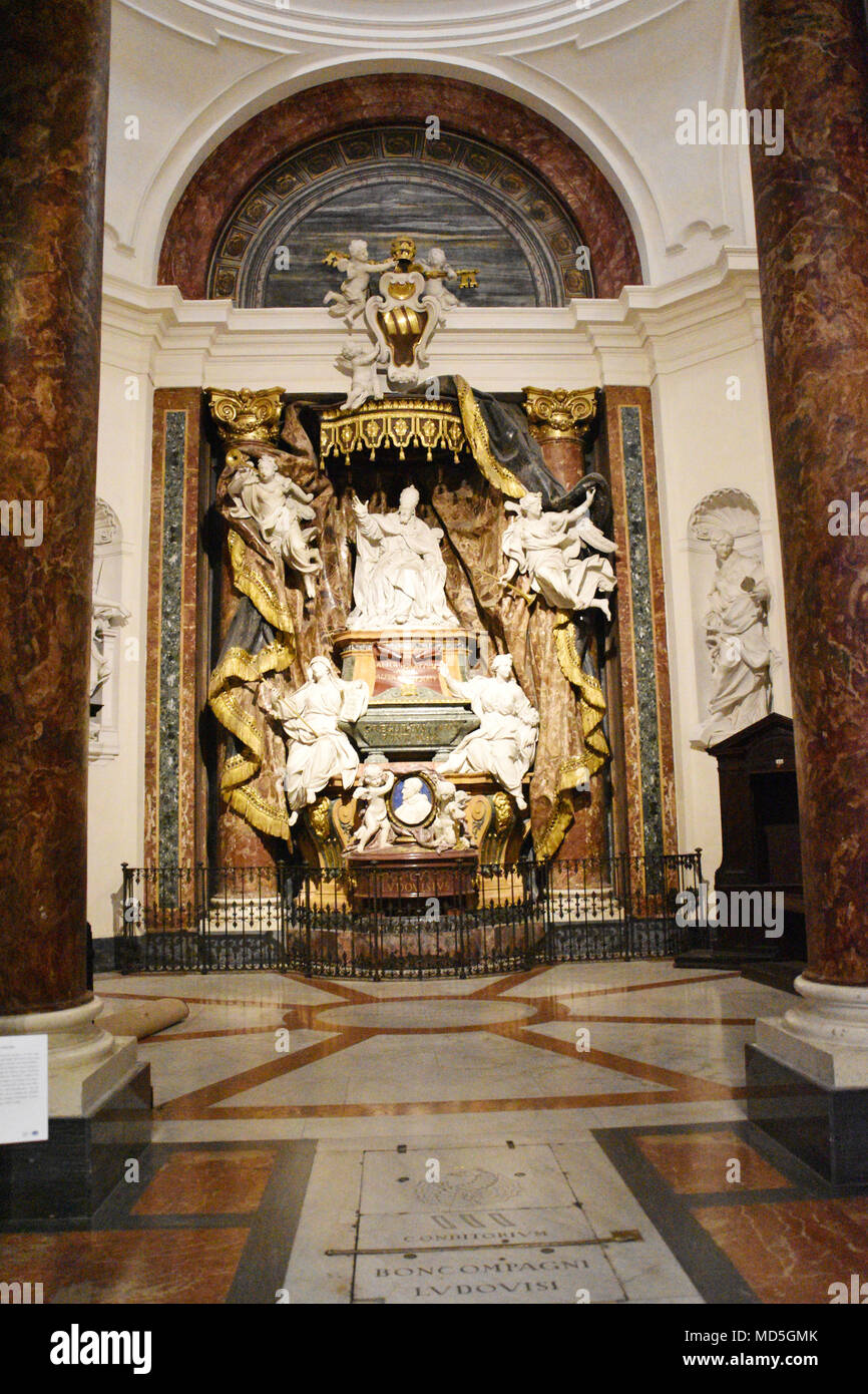 One of many side chapels within the Church of St. Ignatius of Loyola. The Church of St. Ignatius of Loyola at Campus Martius (Italian: Chiesa di Sant' - Stock Image