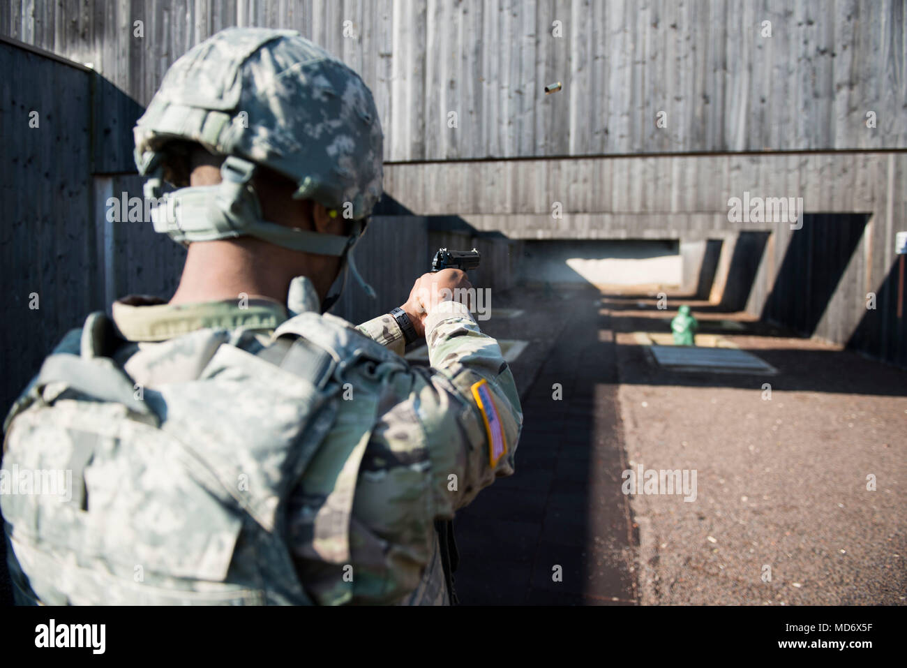 81e1db9be3f M9 Pistol Stock Photos   M9 Pistol Stock Images - Alamy