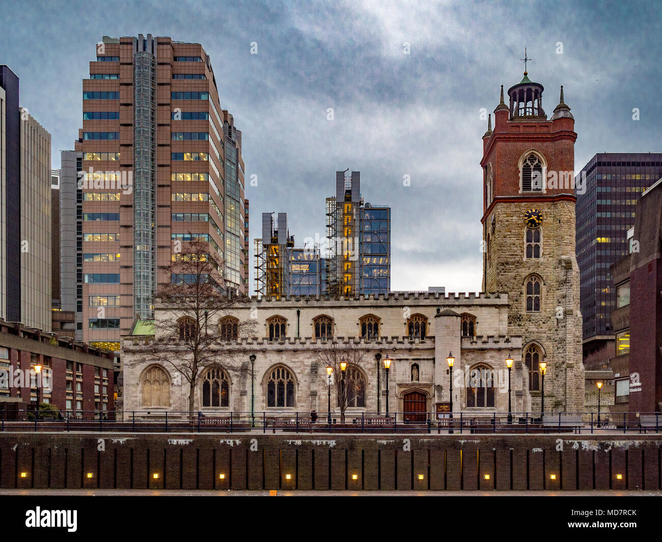 St Giles-without-Cripplegate, Church of England church in the City of London, located on Fore Street within the modern Barbican complex. - Stock Image