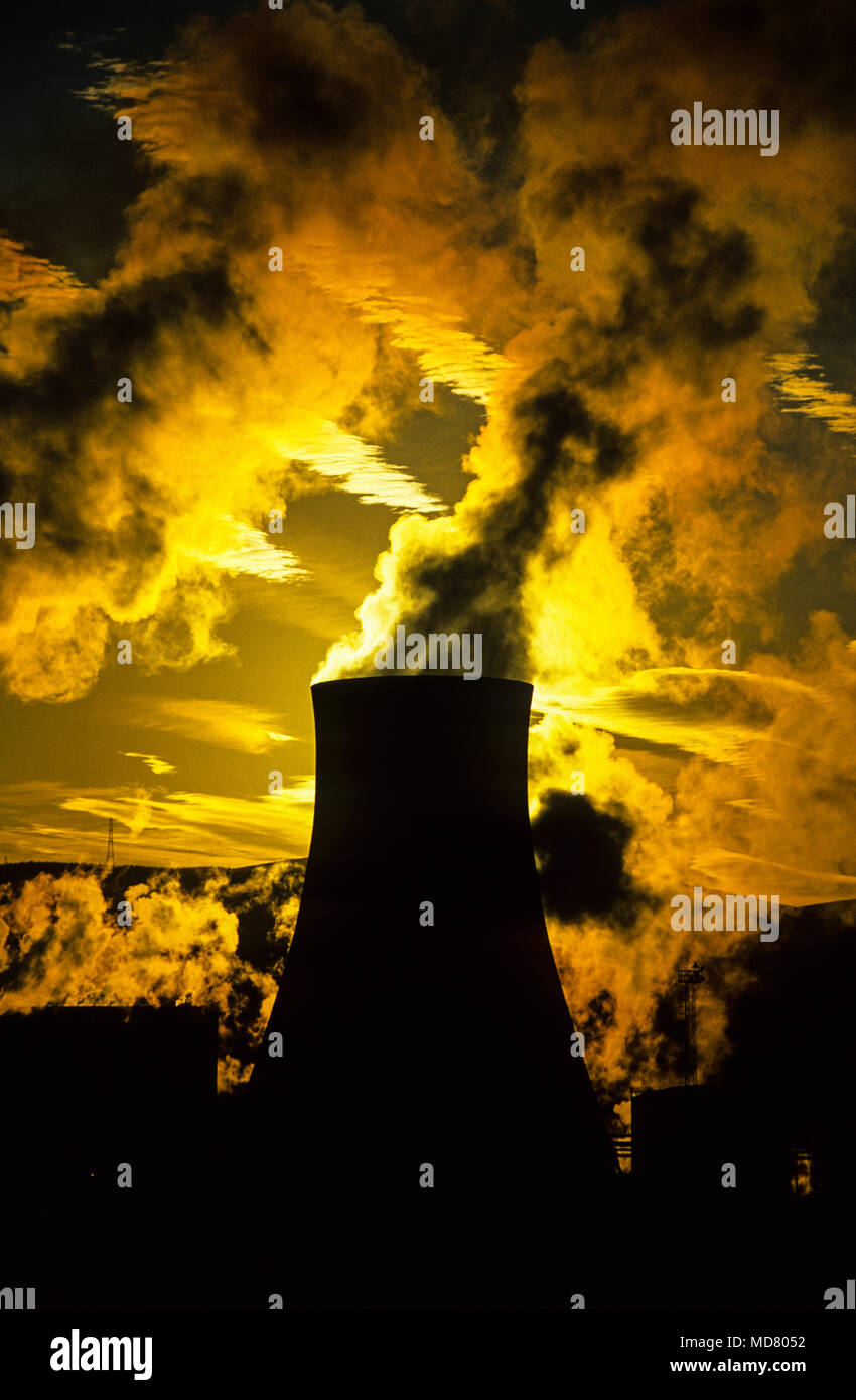 Cooling Towers, Port Talbot, Gwent, South Wales, UK, GB - Stock Image