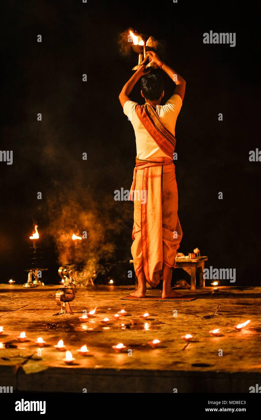 Hinduism : Ganga Aarti Puja (Evening ceremony) in Varanasi, India - Stock Image