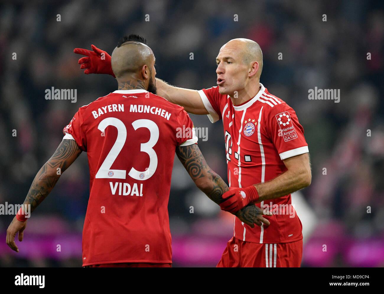 Arturo Vidal Bayern High Resolution Stock Photography and Images ...