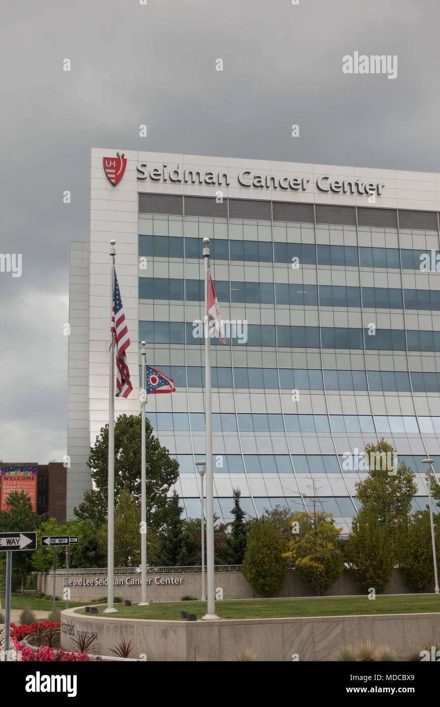 University Hospital Cleveland Ohio Stock Photos & University