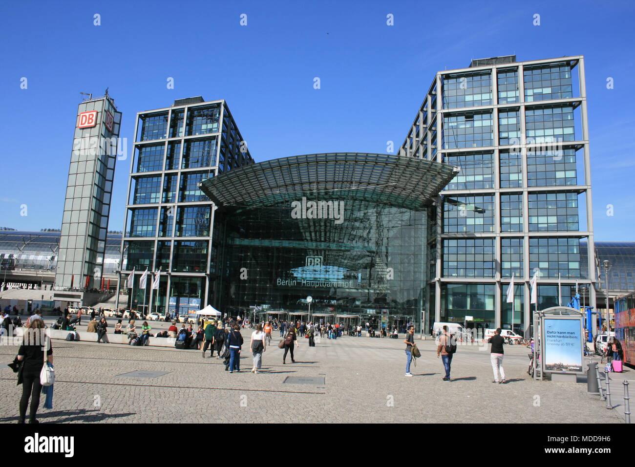 Hauptbahnhof in Berlin - Stock Image