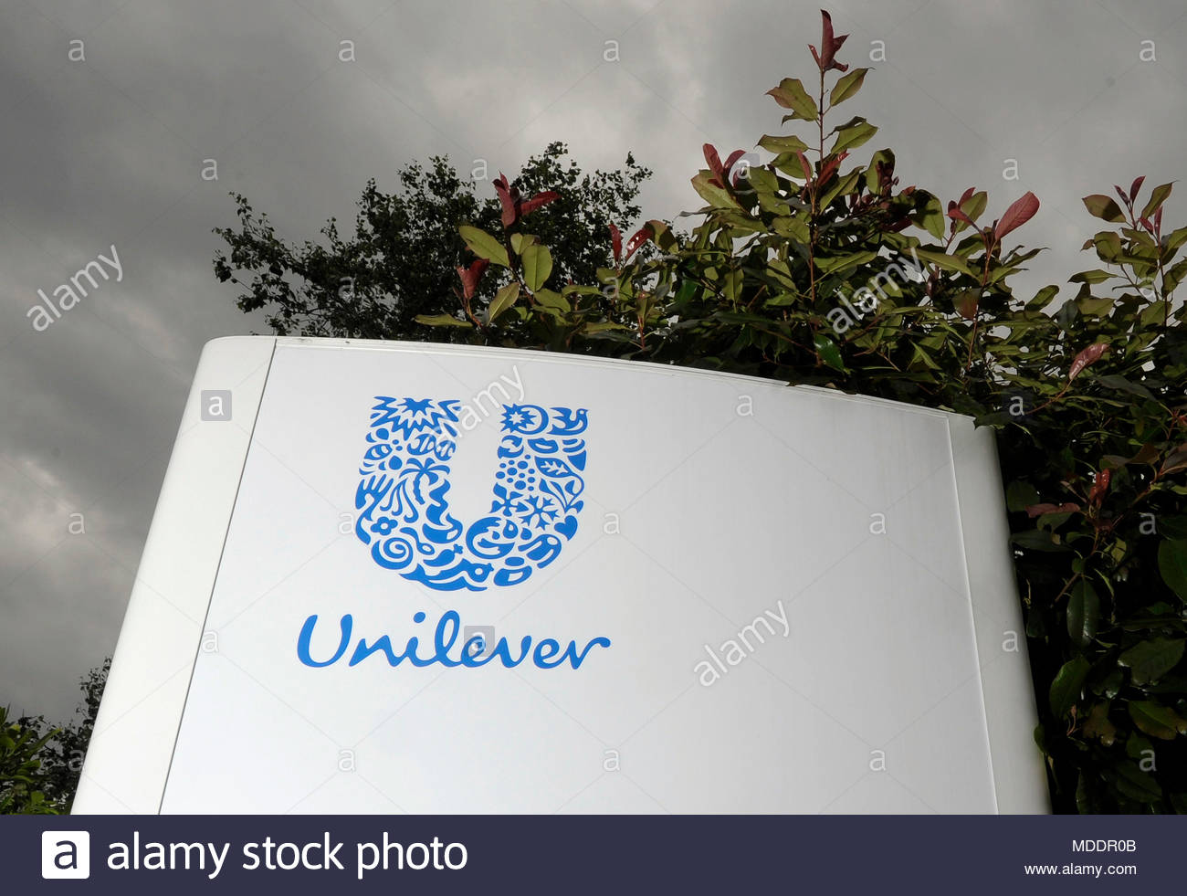 File photo dated 14/06/12 of a Unilever sign, as the company as reported a 5% slump in first quarter sales but upped its dividend and announced a 6 billion euro (£5.2 billsha) share buyback programme amid investor opposition to basing eadquarters in Rotterdam. PRESS ASSOCIATIONATION Photo. Issue date: Thursday April 19, 2018. The consumer goods giant said turnover fell to 12.6 billion euros (£11 billion) - down 5.2% compared to the same period in 2017 - but turned attention to underlyines growth which is strippedipped of foreign-exchange movements and came in at 3.4%. See PA story CITY Unil - Stock Image