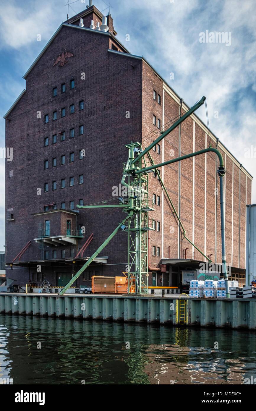 Berlin-Moabit,Westhafen,West Harbour,. BEHALA historic brick warehouse building next to canal Stock Photo