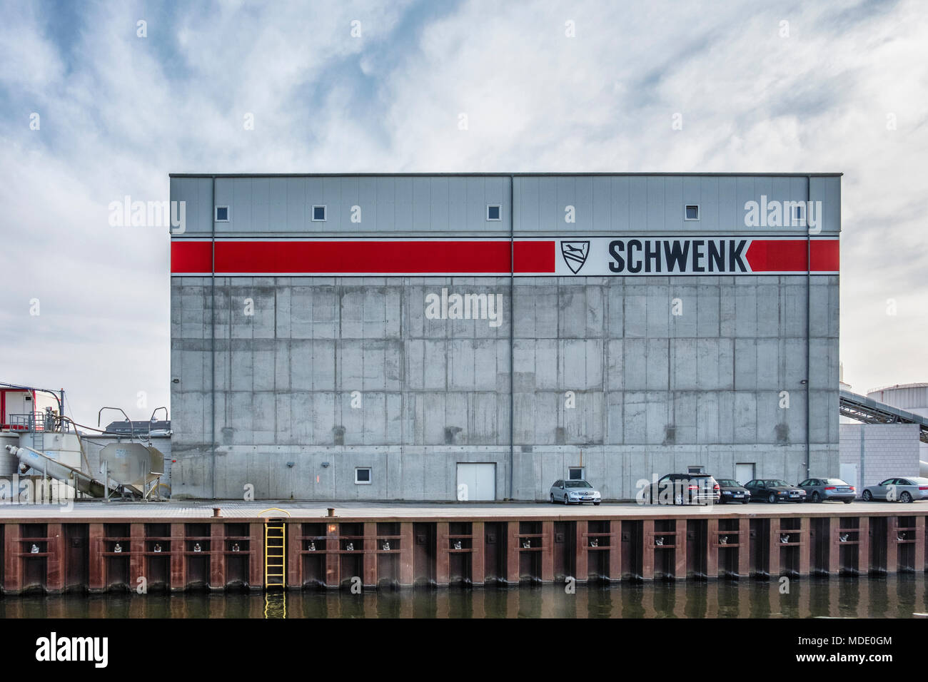 Berlin-Moabit,Westhafen,West Harbour,. SCHWENK German cement manufacturer supplies of cement, concrete, sand & gravel..Warehouse building Stock Photo