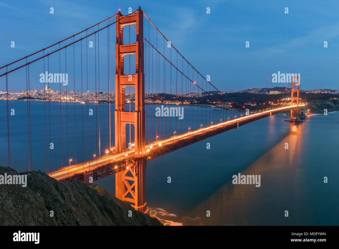 Views of the Golden Gate Bridge and San Francisco skyline from Battery Spencer. - Stock Image