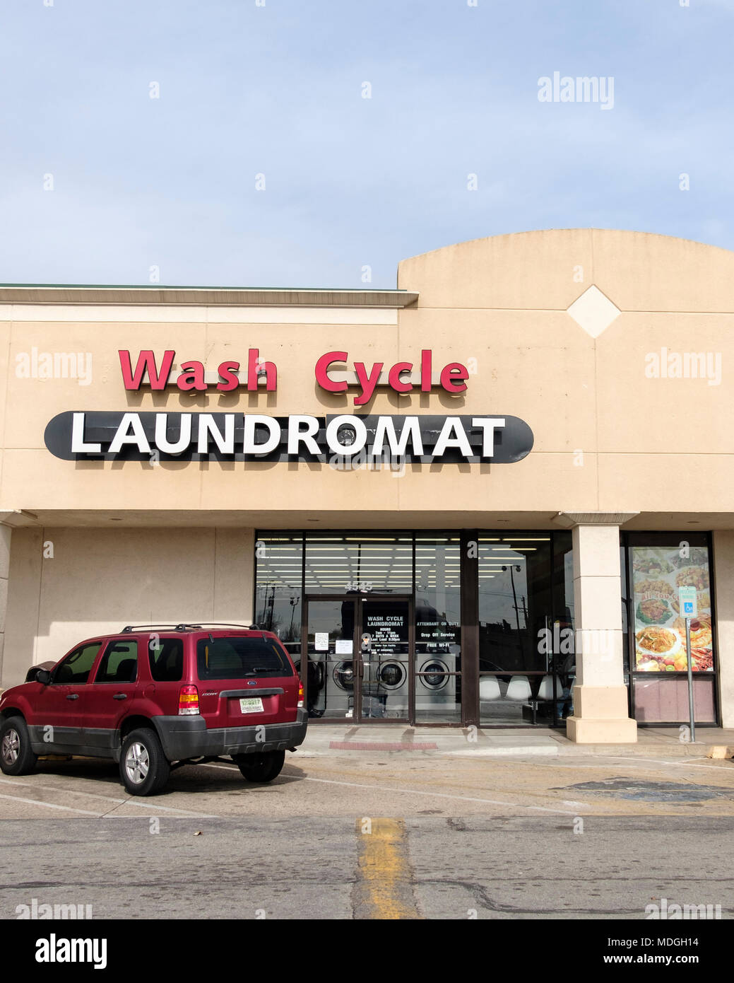 The storefront of wash cycle laundromat a do it yourself laundry in the storefront of wash cycle laundromat a do it yourself laundry in oklahoma city oklahoma usa solutioingenieria Gallery