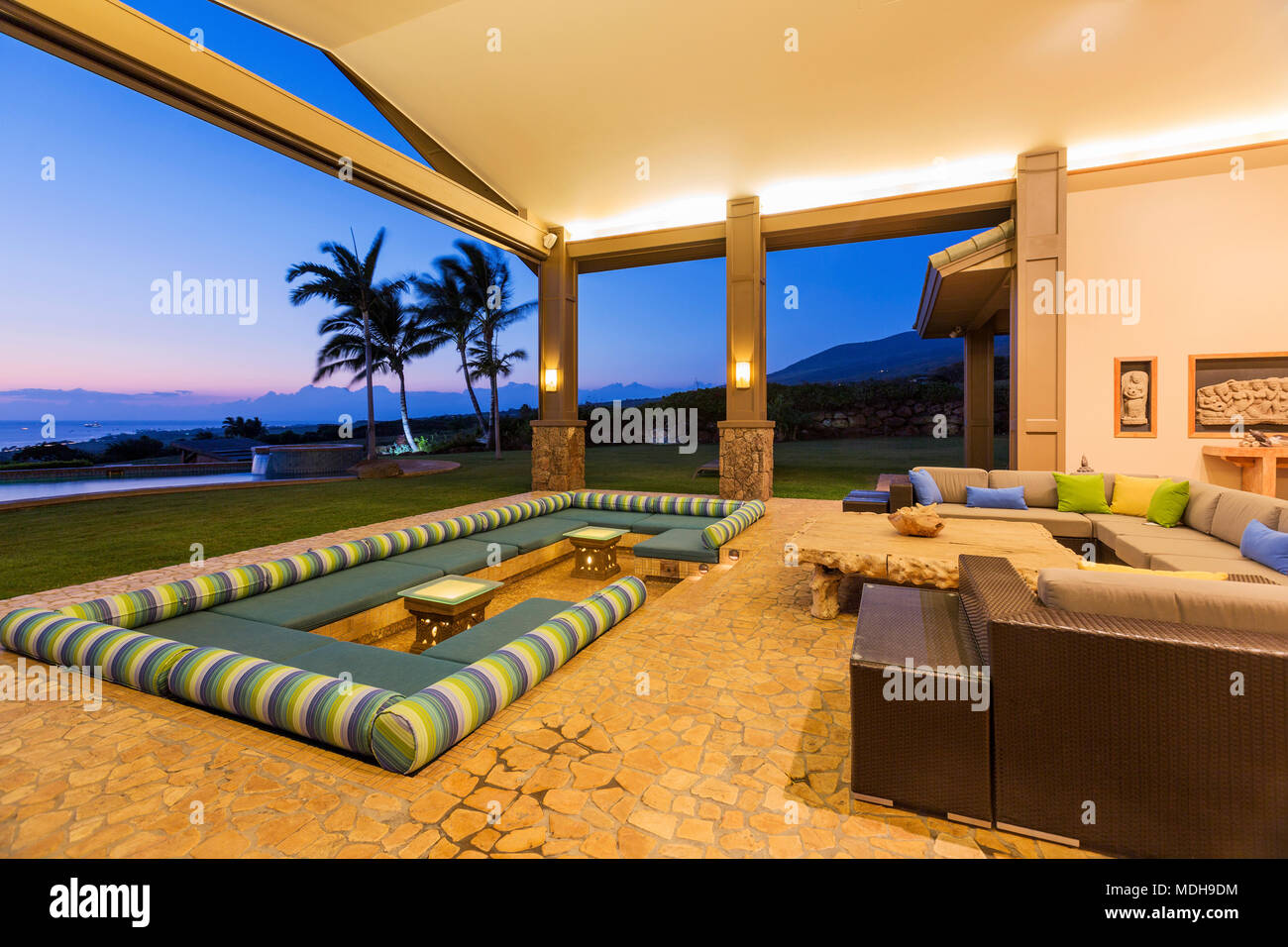 Beautiful Luxury Home, Exterior Patio Lounge At Sunset