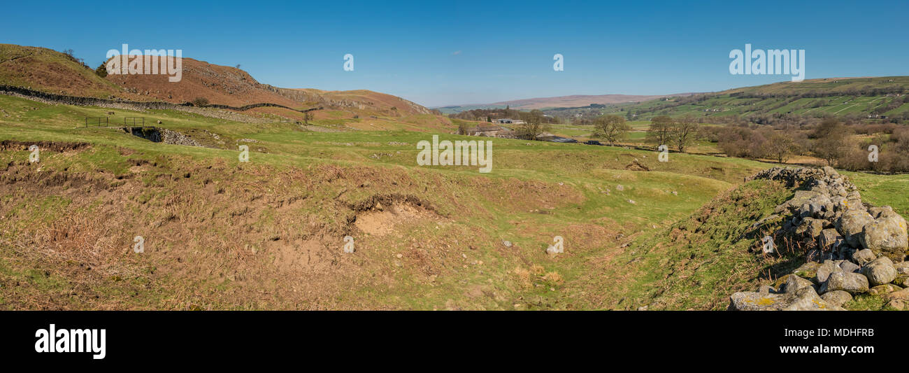 North Pennines landscape, a panoramic view looking up Teesdale from Crossthwaite on fine spring morning - Stock Image