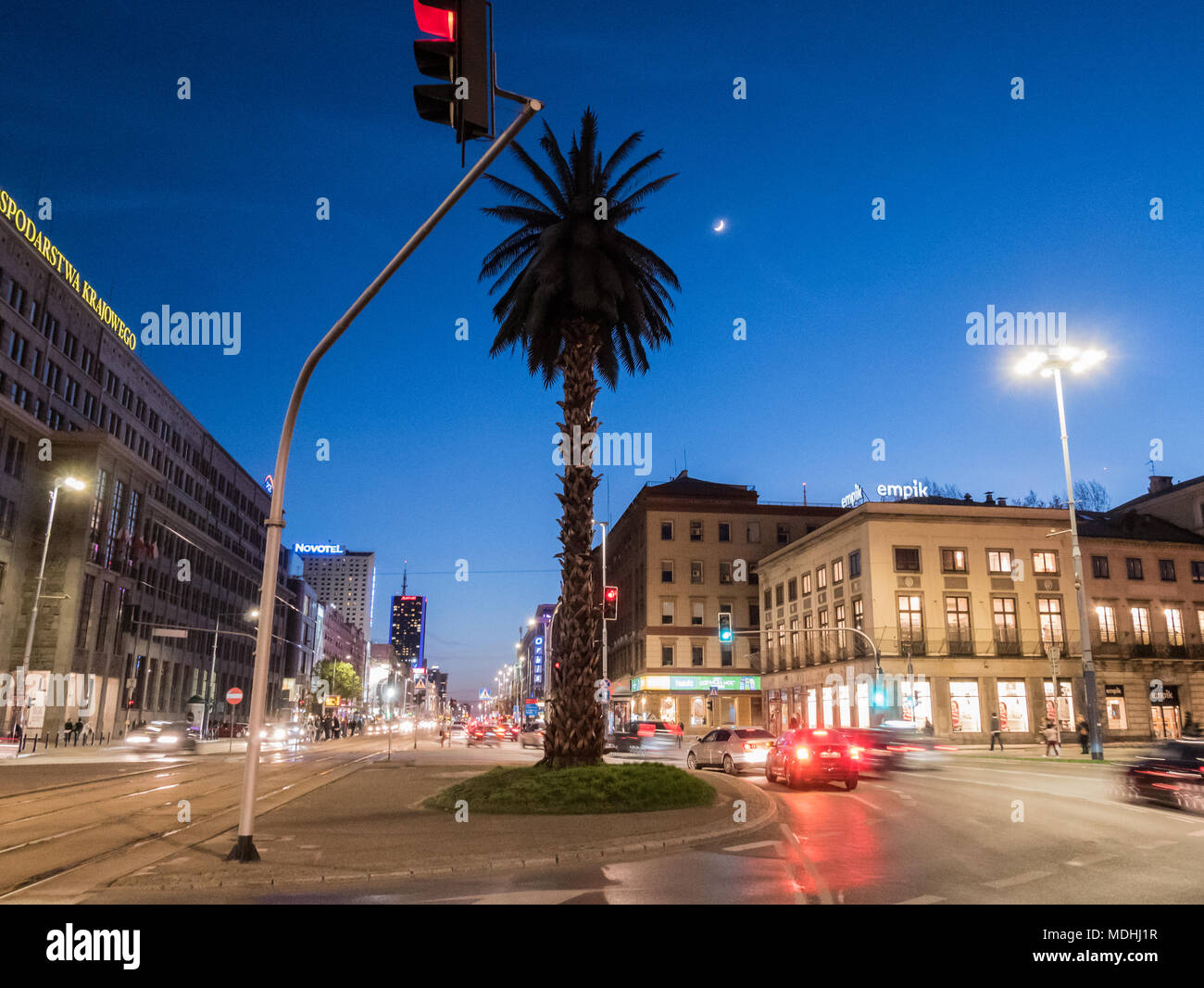 The Palm, Plac de Gaulle'a (de Gaulle Roundabout) and Aleje Jerozolimskie (Jerusalem Avenue) at night, Warsaw, Polsnd - Stock Image
