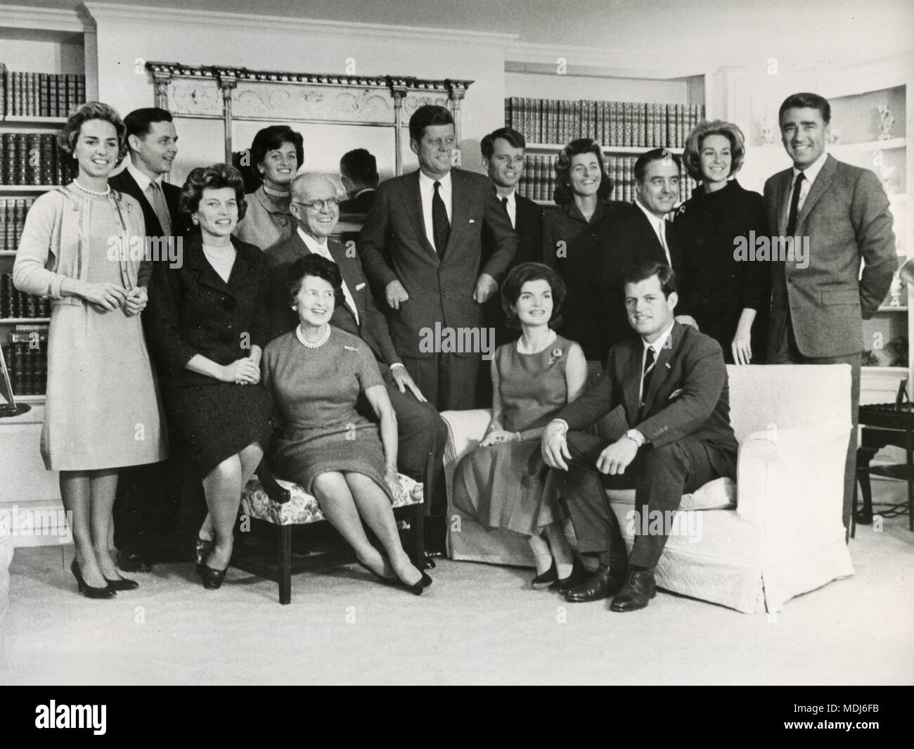 The Kennedy family: Ethel Skakel Kennedy, Stephen Smith and wife Jean Kennedy, JFK, Robert Kennedy, Patricia Kennedy Lawford, Sargent Shriver, Joan Bennet Kennedy and Peter Lawford, USA 1961 - Stock Image