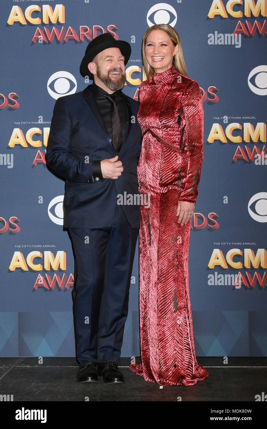 abdbfb59ec Kristian Bush, Jennifer Nettles, Sugarland in the press room for 53rd  Academy of Country Music (ACM) Awards - Press Room, MGM Grand Garden Arena,  Las Vegas, ...