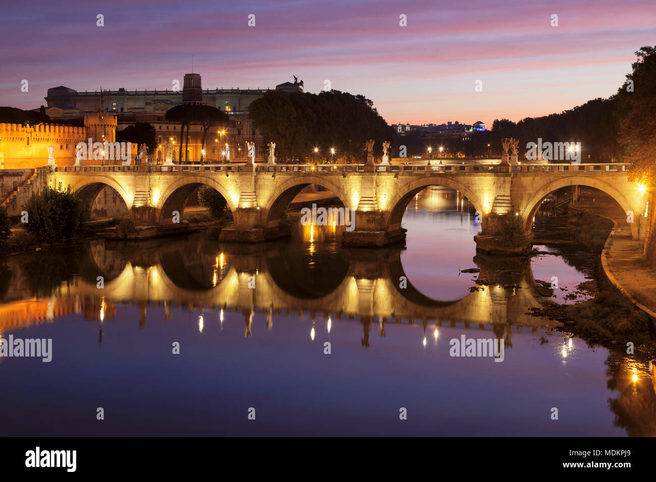 Angel Bridge, Dawn, Tiber, Rome, Lazio, Italy - Stock Image