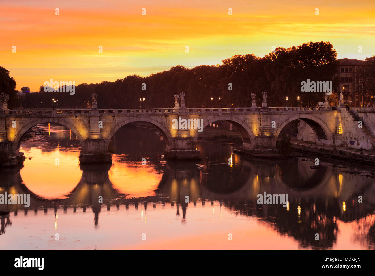 Angel Bridge at sunrise, Tiber, Rome, Lazio, Italy - Stock Image