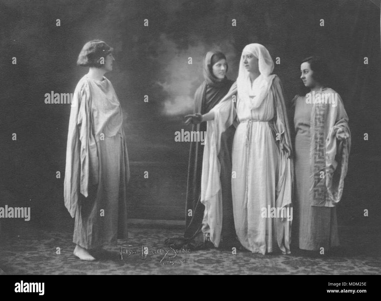 Group, including Babette Stephens, wearing classical Greek-style costume, 1930-1940 Stock Photo
