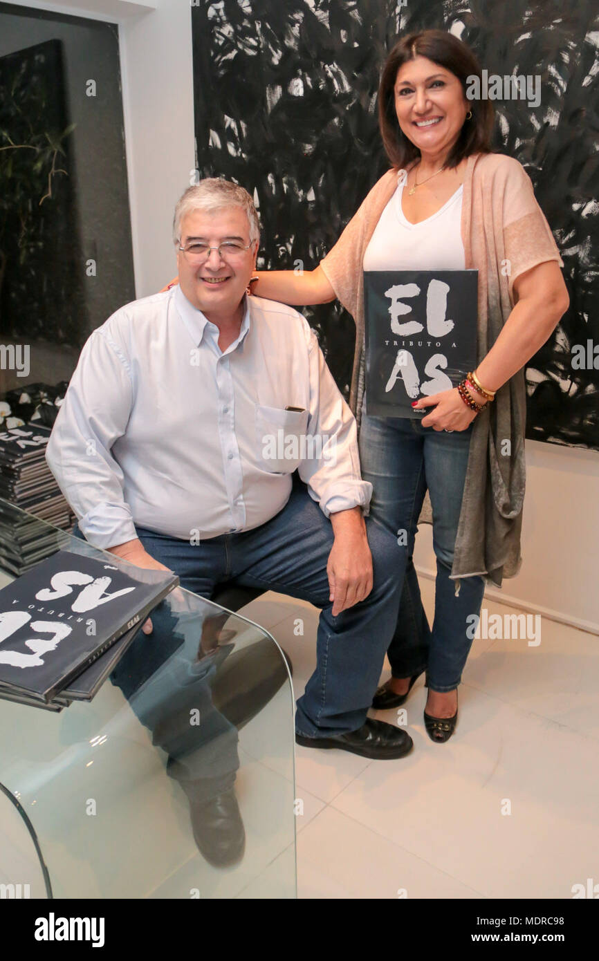 Brazil. 19th Apr, 2018. 'Tributo A Elas '(A Tribute To The Women) A Photo Book launching in Sao Paulo to show the importance of Women in the society.The book shows 40 different women from all walks of life with the conception of Zaine Assaf and written by Roberto Ferrari, a Poet. Credit: Leco Viana/Thenews2/Pacific Press/Alamy Live News - Stock Image