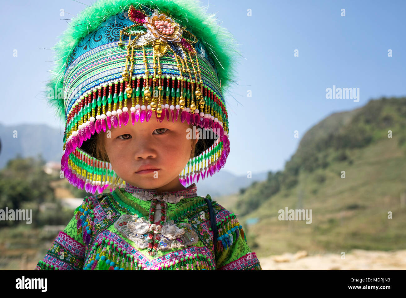 SAPA VIETNAM - NOV4,2017 : unidentified children wearing decorated tradition clothes hat of hill tribe in sapa town northern of vietnam ,sapa one of m - Stock Image