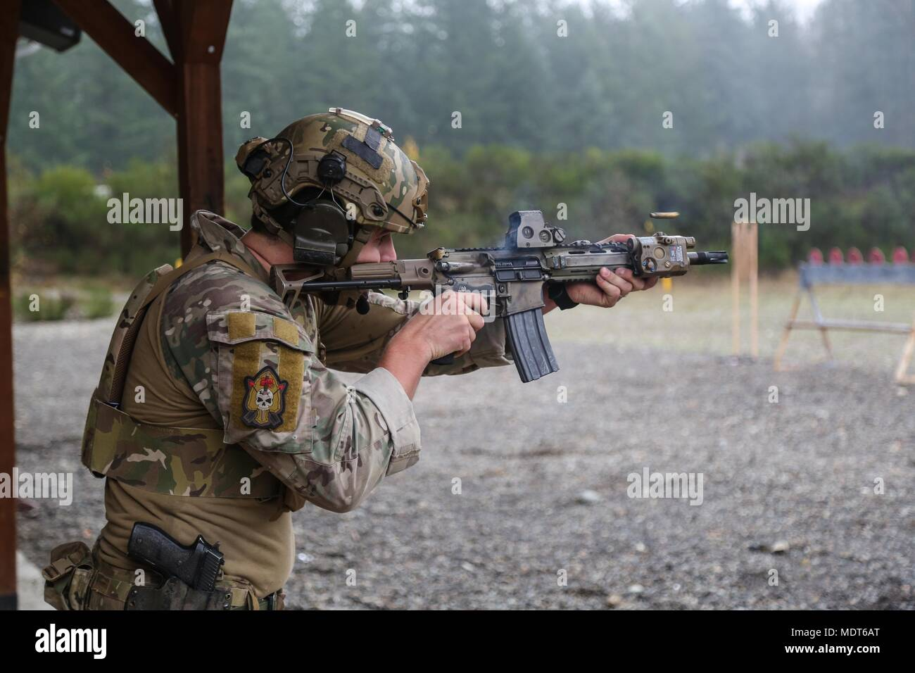 A Canadian with The Canadian Special Operations Regiment