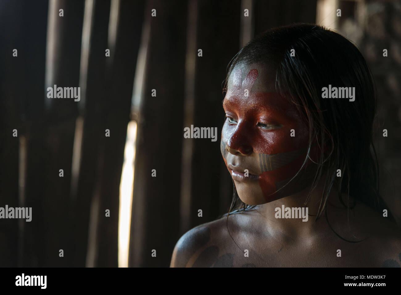 Child Kayapo village Moikarako with painted face - Kayapó Indigenous Land - Stock Image