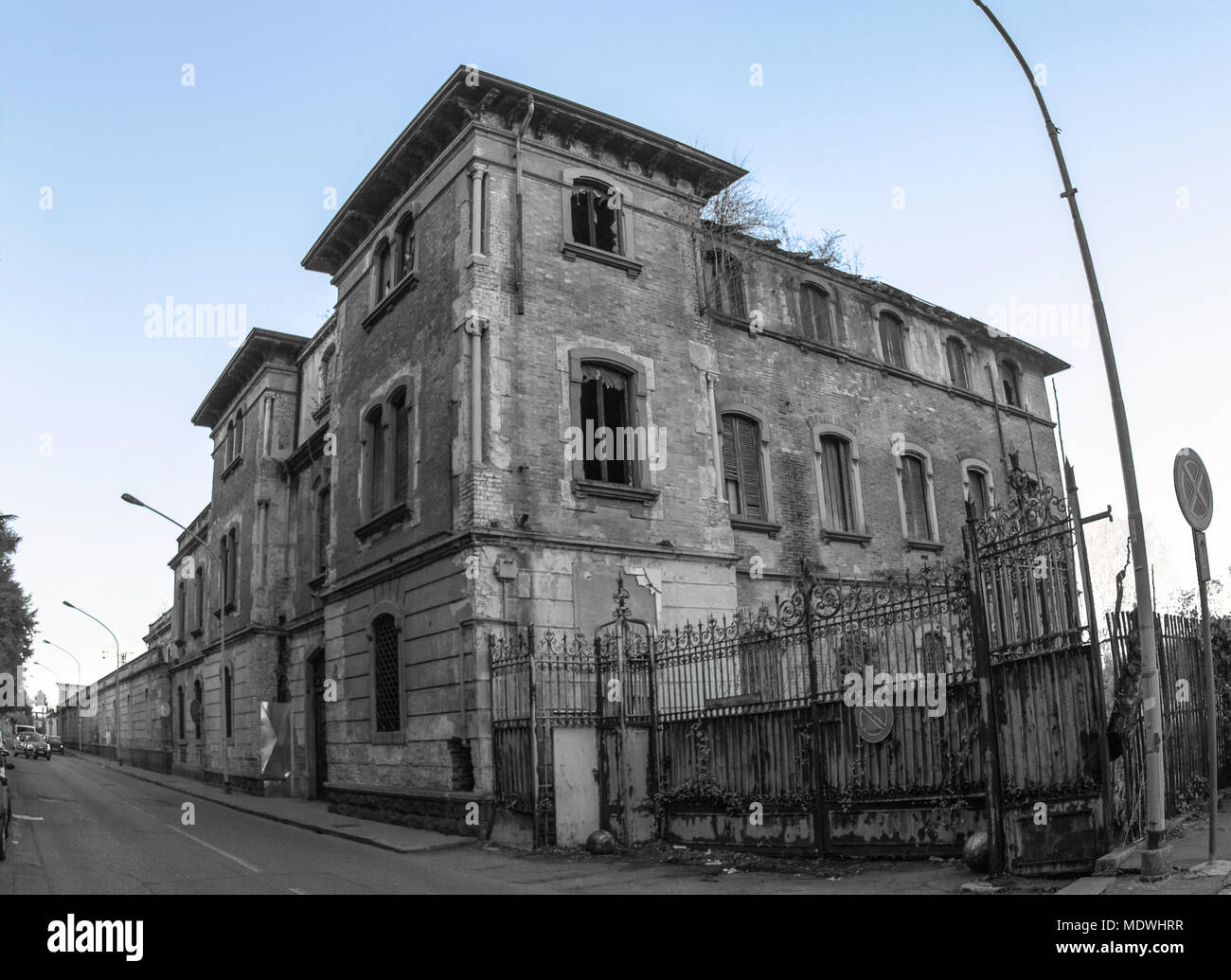 old abandoned cotton mill, once a beautiful building in the province of Milan. - Stock Image