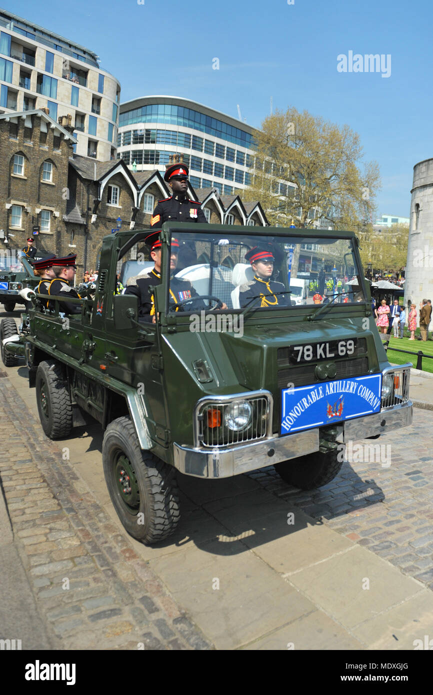 London, UK. 21st April 2018. Soldiers of The Honourable Artillery Company (HAC, the City of London's Reserve Army Regiment) arriving at the Tower of London prior to a 62 Gun Salute to mark the 92nd birthday of HM Queen Elizabeth II, London, England, United Kingdom. The soldiers are travelling in Pinzgauer All-Terrain Light Utility Vehicles.  The HAC dates its origins to 1537 making it the oldest regiment in the British Army. It took over the role of firing Gun Salutes from the Tower of London in 1924 when the regular detachment stationed there was disbanded. Credit: Michael Preston/Alamy Live  - Stock Image