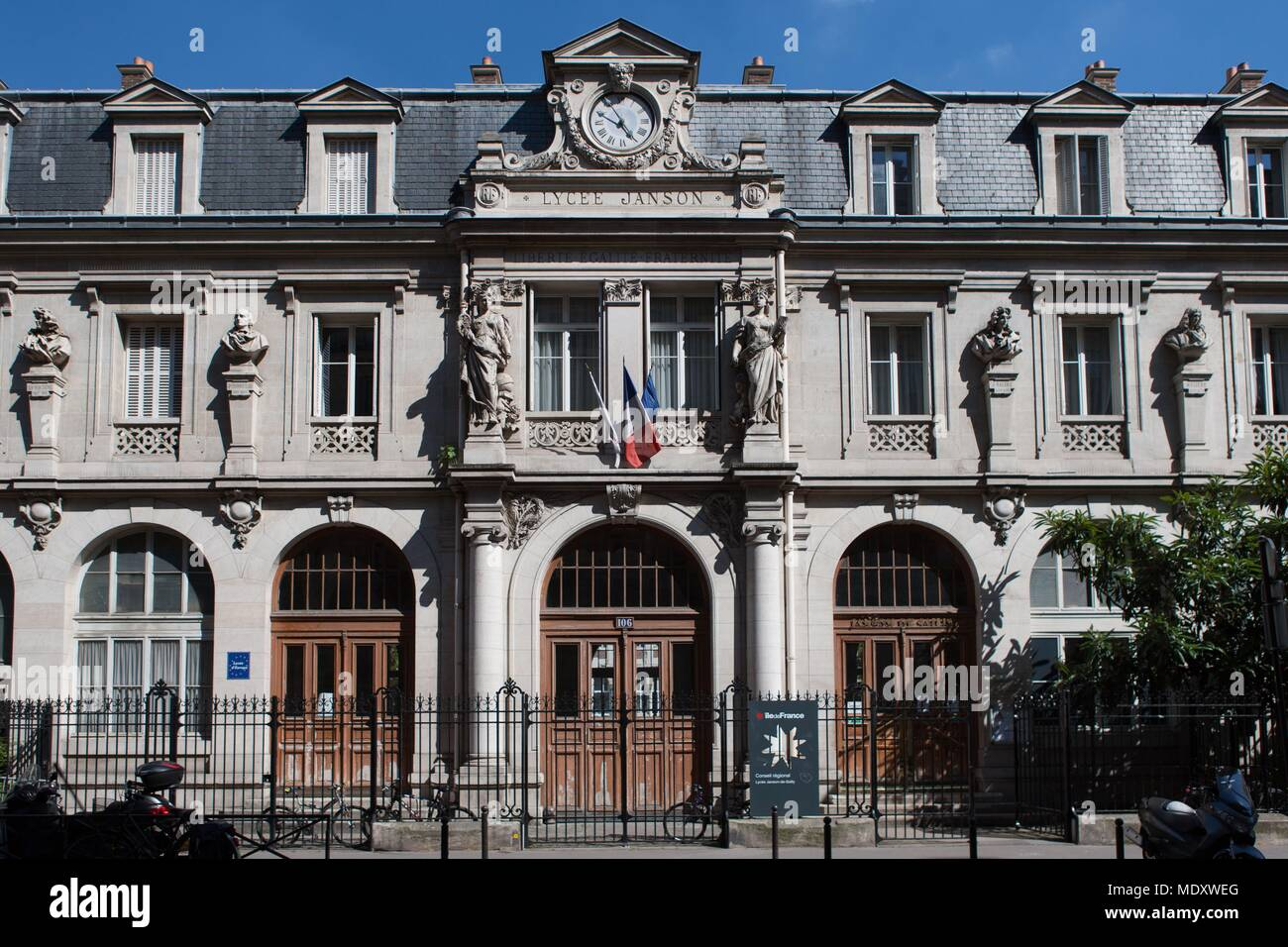 Attractive Paris, 107 Rue De La Pompe, Lycee Janson De Sailly,   Stock Image