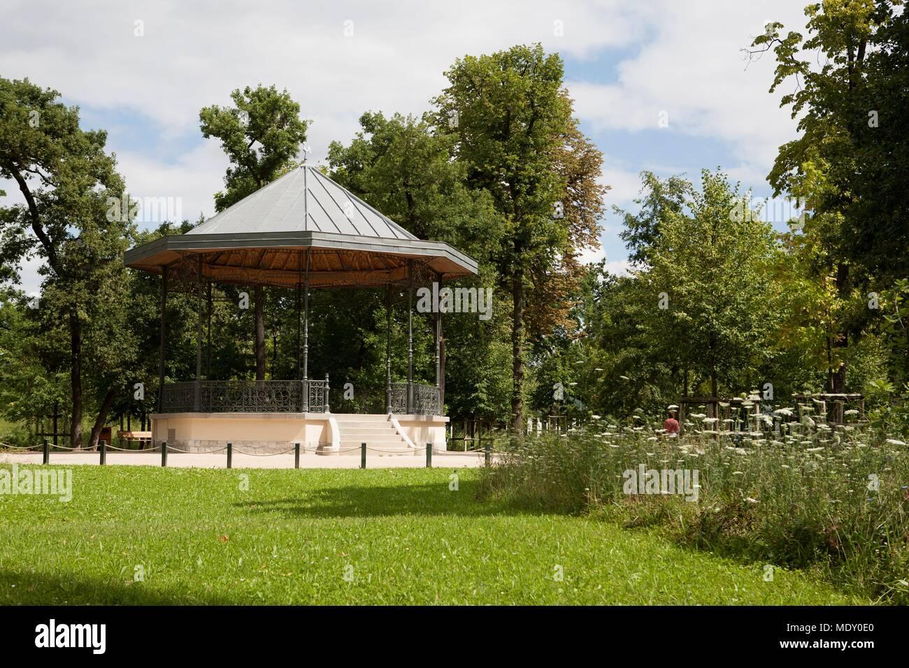 France, Ile de France region, Bois de Boulogne, Jardin d ...