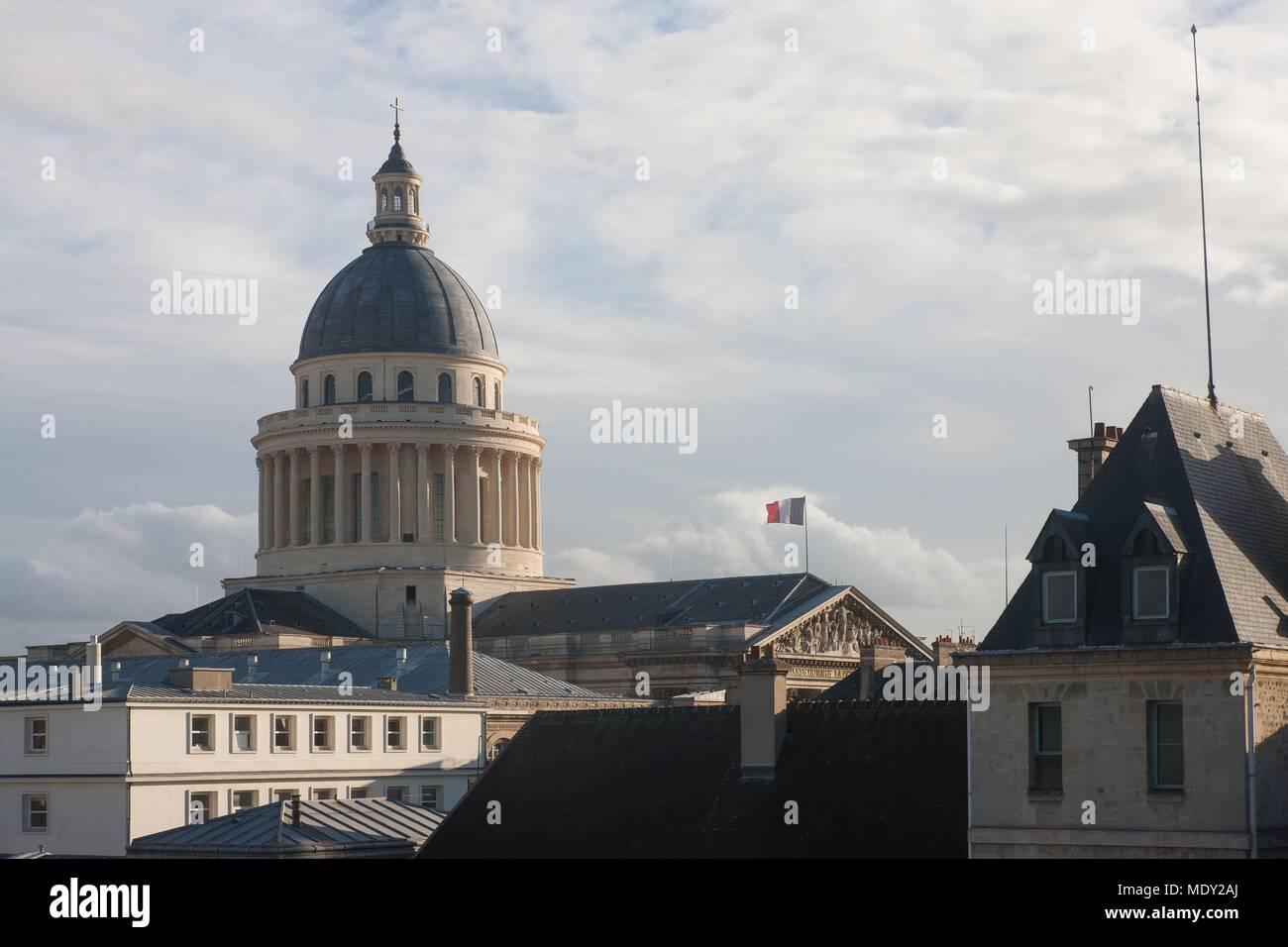 Mdy Pont L Eveque le pantheon of paris stock photos & le pantheon of paris