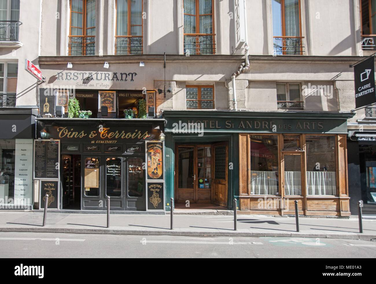 France, Ile de France region, 6th arrondissement, rue saint andre des arts, restaurant et hotel , - Stock Image