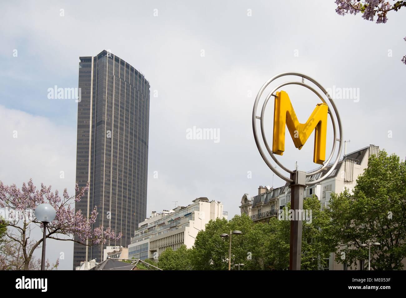 Avenue Near Me >> Paris Avenue Du Maine Near The Metro Gaite Tour Montparnasse
