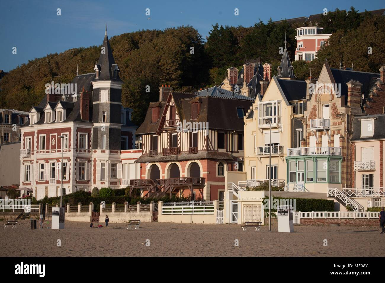 France, Normandy Region, Former Lower Normandy, Pays Du0027Auge, Côte Fleurie,  Trouville Sur Mer, Villas On The Seafront, Cliff And Trouville Heights
