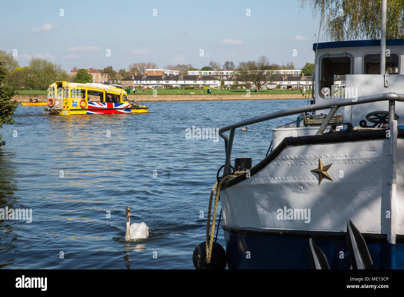 Windsor, UK. 20th April, 2018. A view towards the Brocas in Eton. - Stock Image