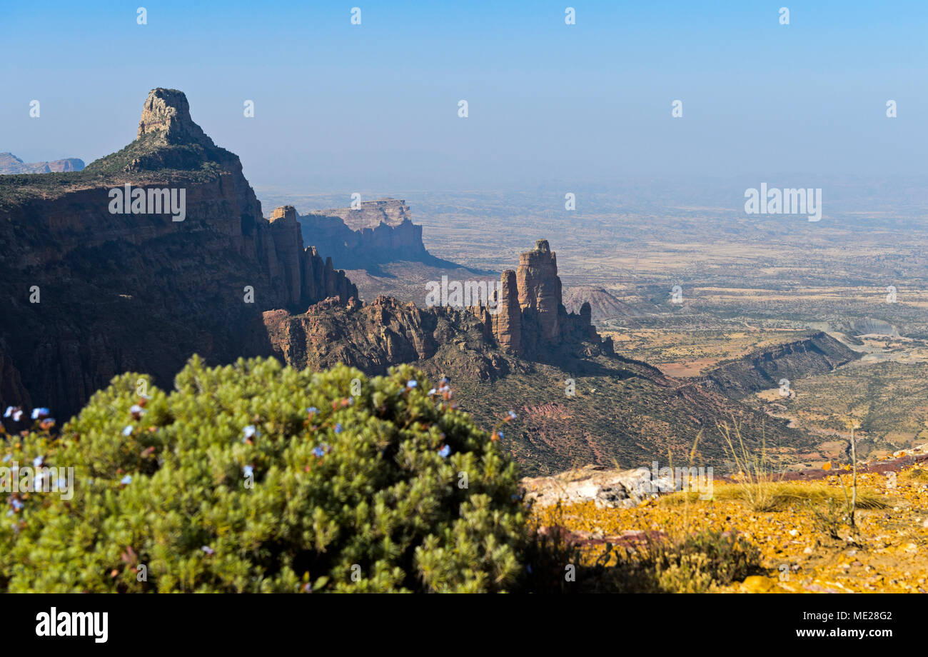 Large African Rift Valley, northern foothills with Koraro rock needles in the Gheralta Mountains, near Hawzen, Tigray, Ethiopia Stock Photo
