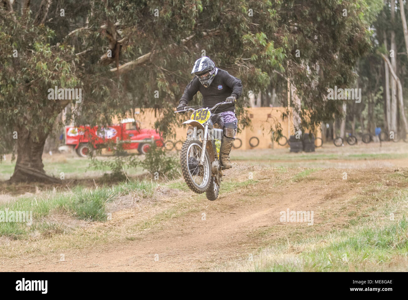 Victoria, Australia, 22 Arpil 2018. Round One of the Classic Scramble Club Series Motor Cross from Lismore Victoria Australia Credit: brett keating/Alamy Live News - Stock Image