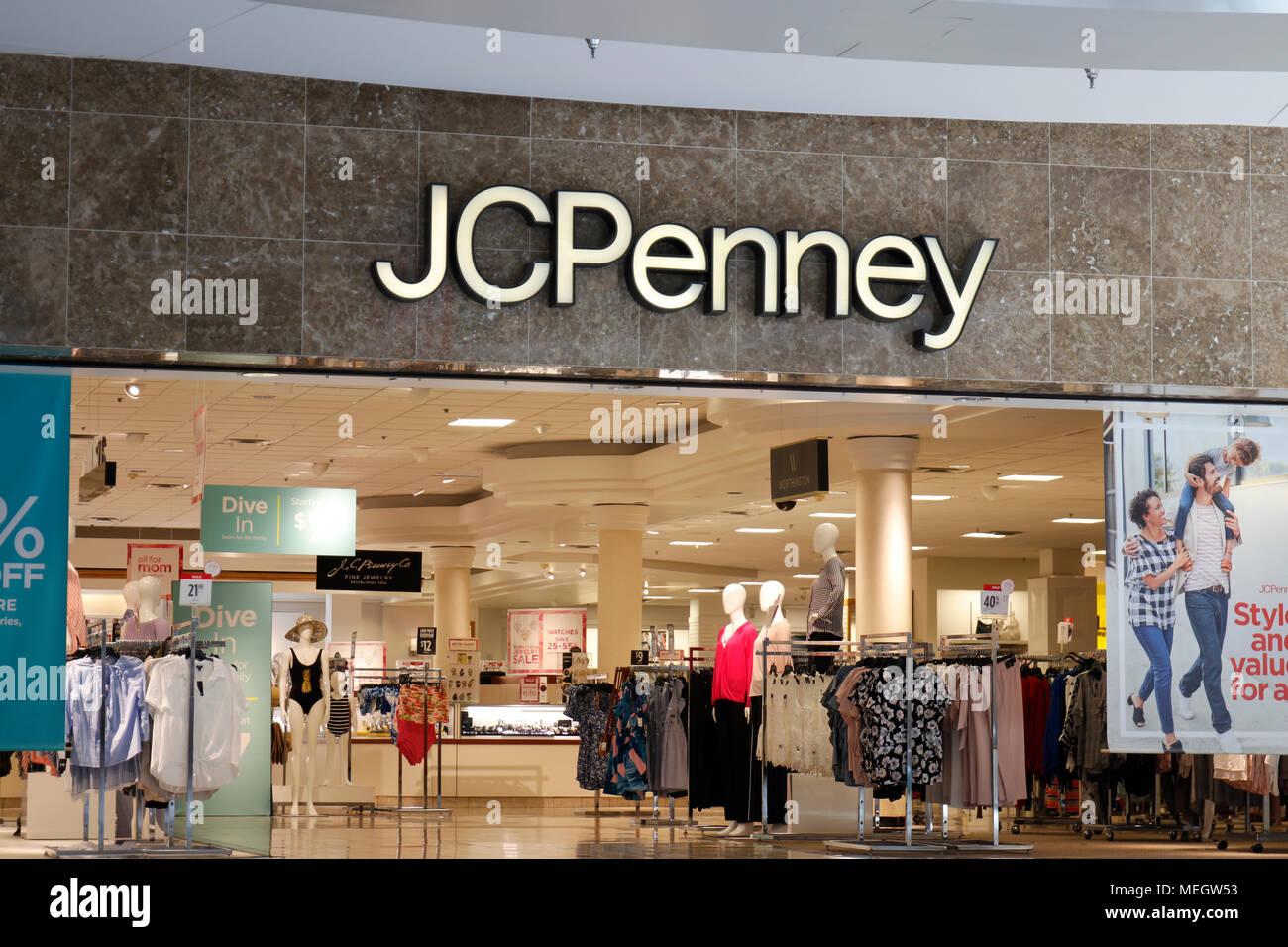 fe4b3c371196e Dayton - Circa April 2018  JC Penney Retail Mall Location. JCP is an Apparel