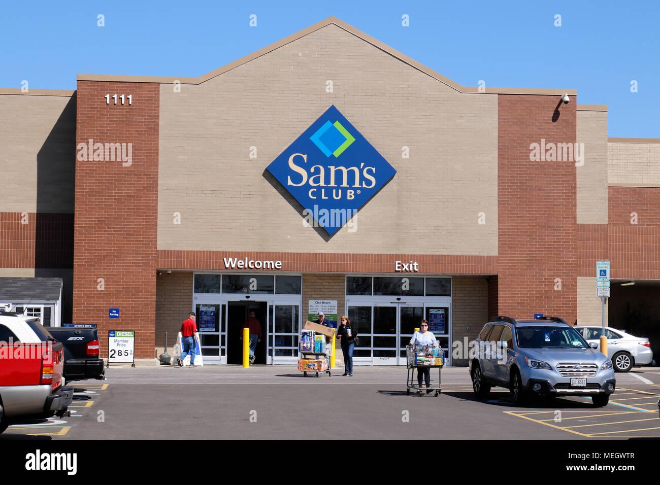 Sams Club Stock Photos & Sams Club Stock Images - Alamy