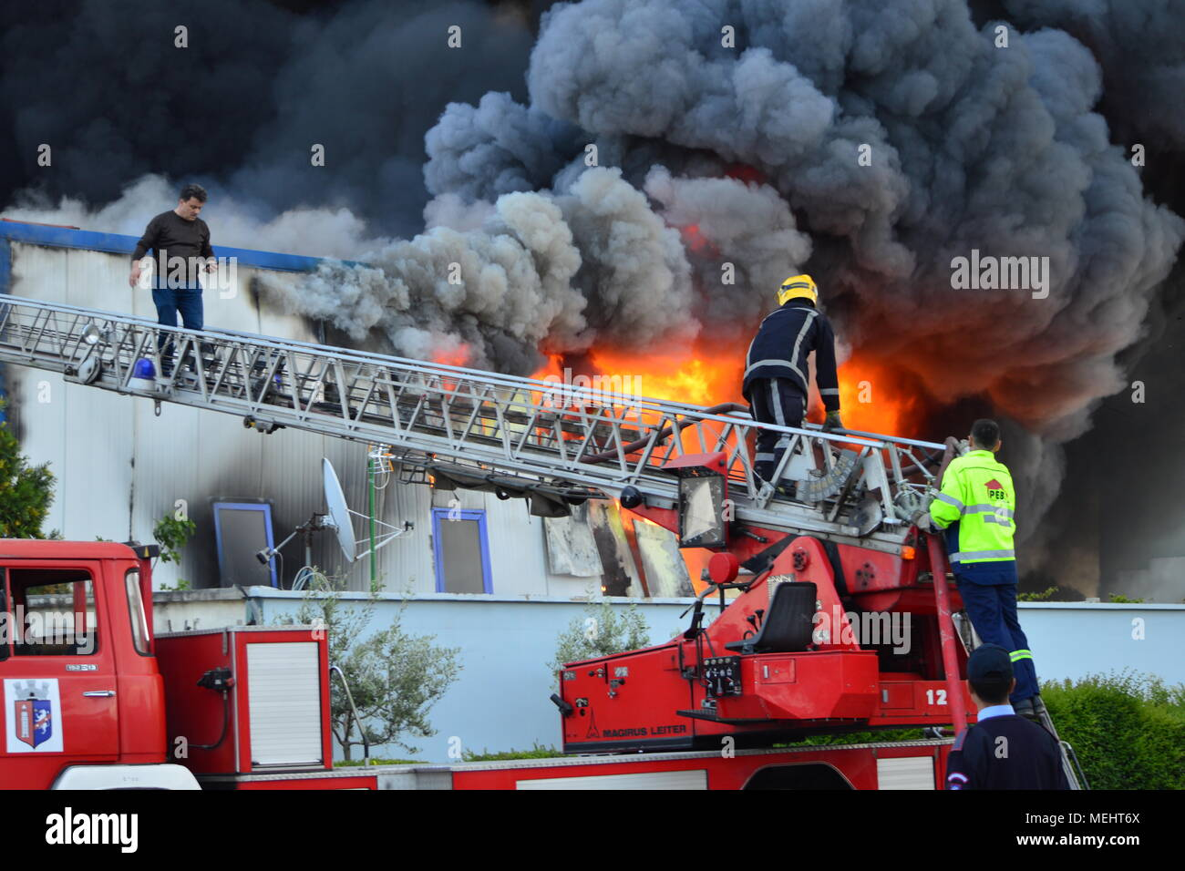 Kashar, Tirana-Albania, 22 April 2018. Huge fire burns completely a recycling company  in Kashar,  10 fire-units already on the scene struggling to extinguish the flames. NO injures or fatalities are reported Credit: Antonio Cakshiri/Alamy Live News - Stock Image