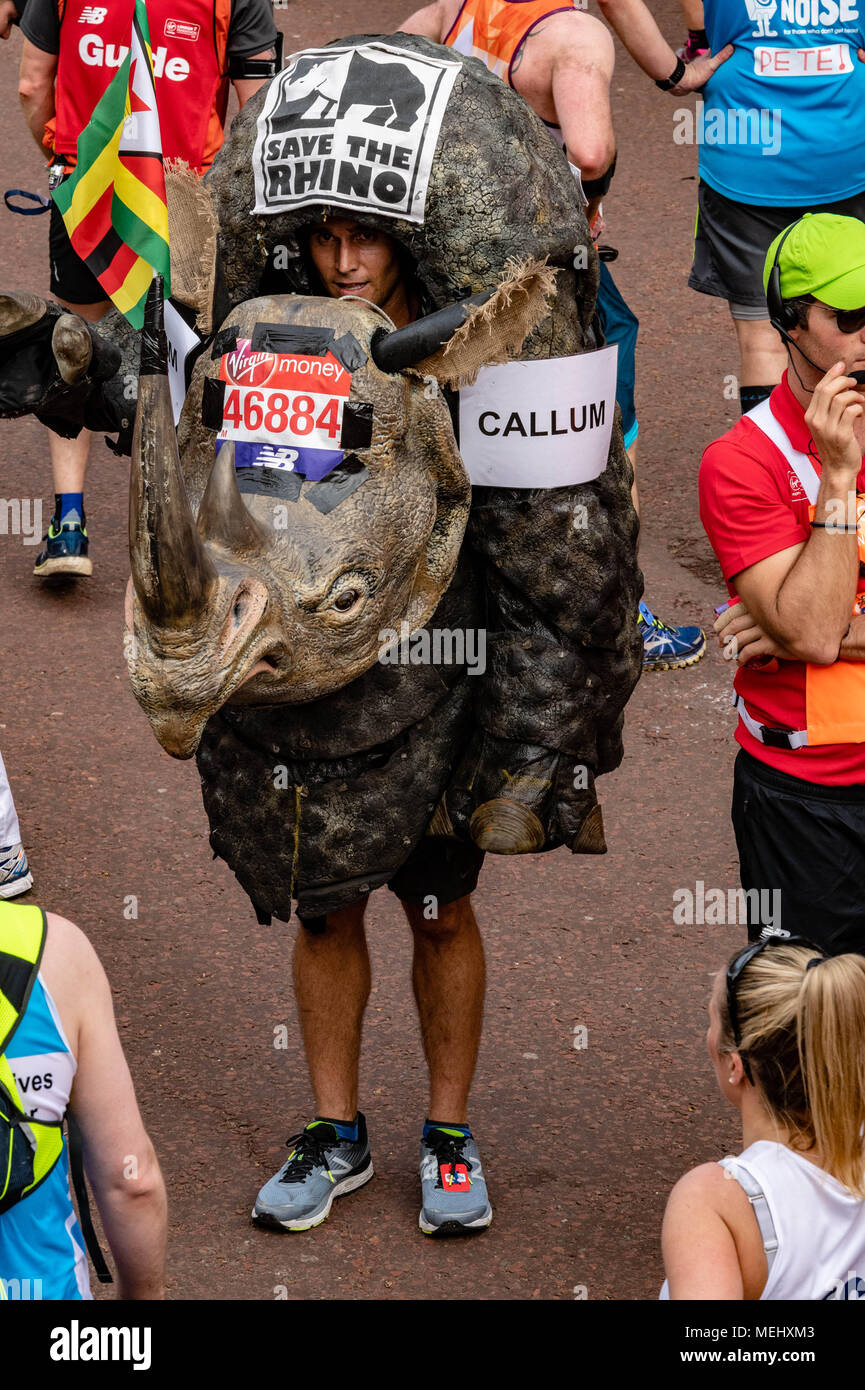 London 22nd April 2018, The London Marathon, A competitor dressed as a Rhino at the London Marathon Credit Ian Davidson/Alamy Live News Stock Photo