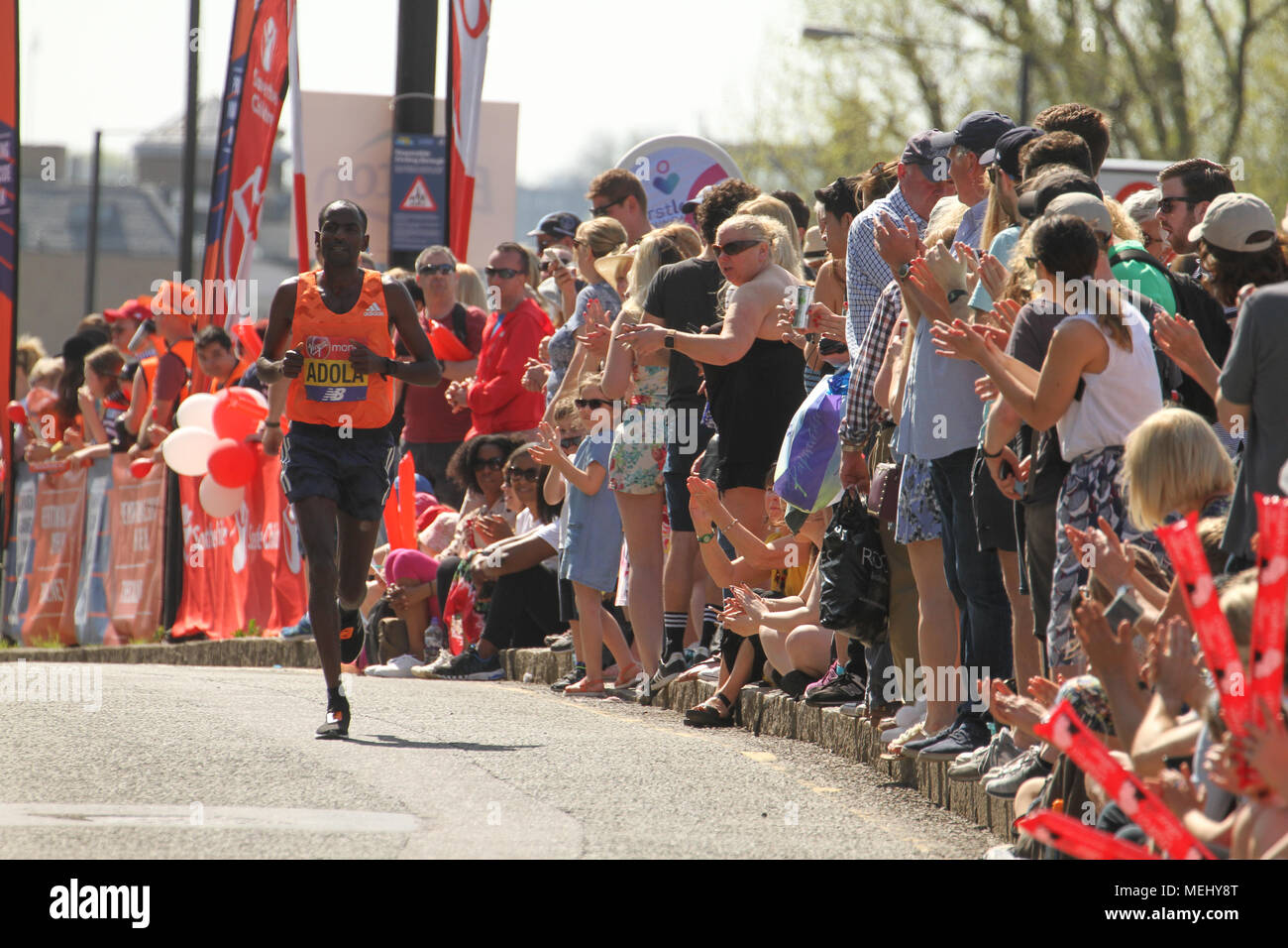 London, United Kingdom - April 22: Londoners turned up in therei droves to watch runners participate in the Virgin Money London Marathon on April 22, 2018. Over 40,000 are expected to start the 26.2 miles run from Greenwich to Westminster.© David Mbiyu/Alamy Live News - Stock Image