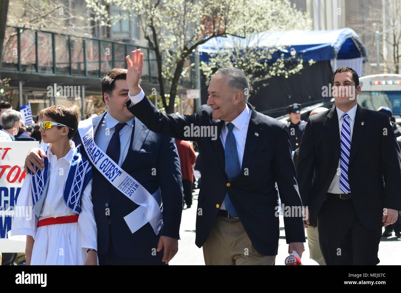 Senator Chuck Schumer Stock Photos & Senator Chuck Schumer Stock ...
