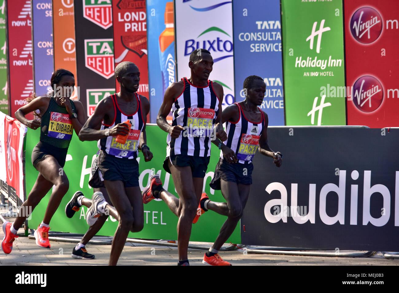 London, UK. 22nd Apr, 2018. The Virgin Money London Marathon 2018 ;  #LondonMarathon ; runners Credit: Marcin Libera/Alamy Live News Stock Photo