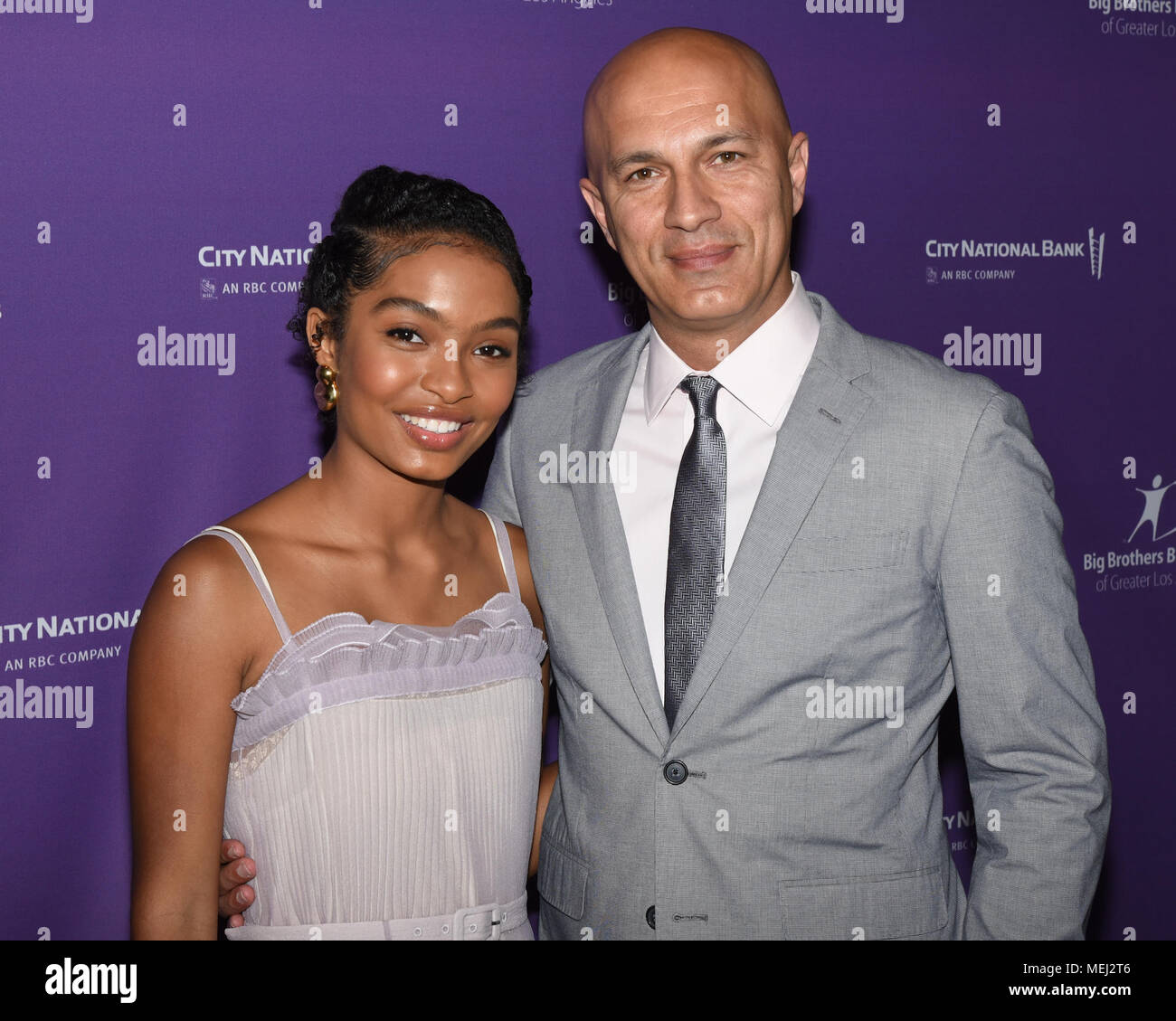 Yara Shahidi Brother 2016