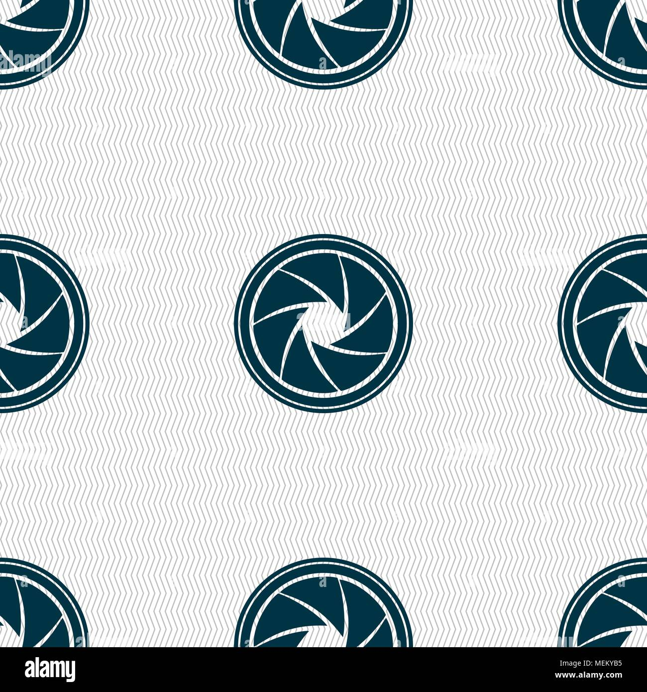 diaphragm icon  Aperture sign  Seamless abstract background
