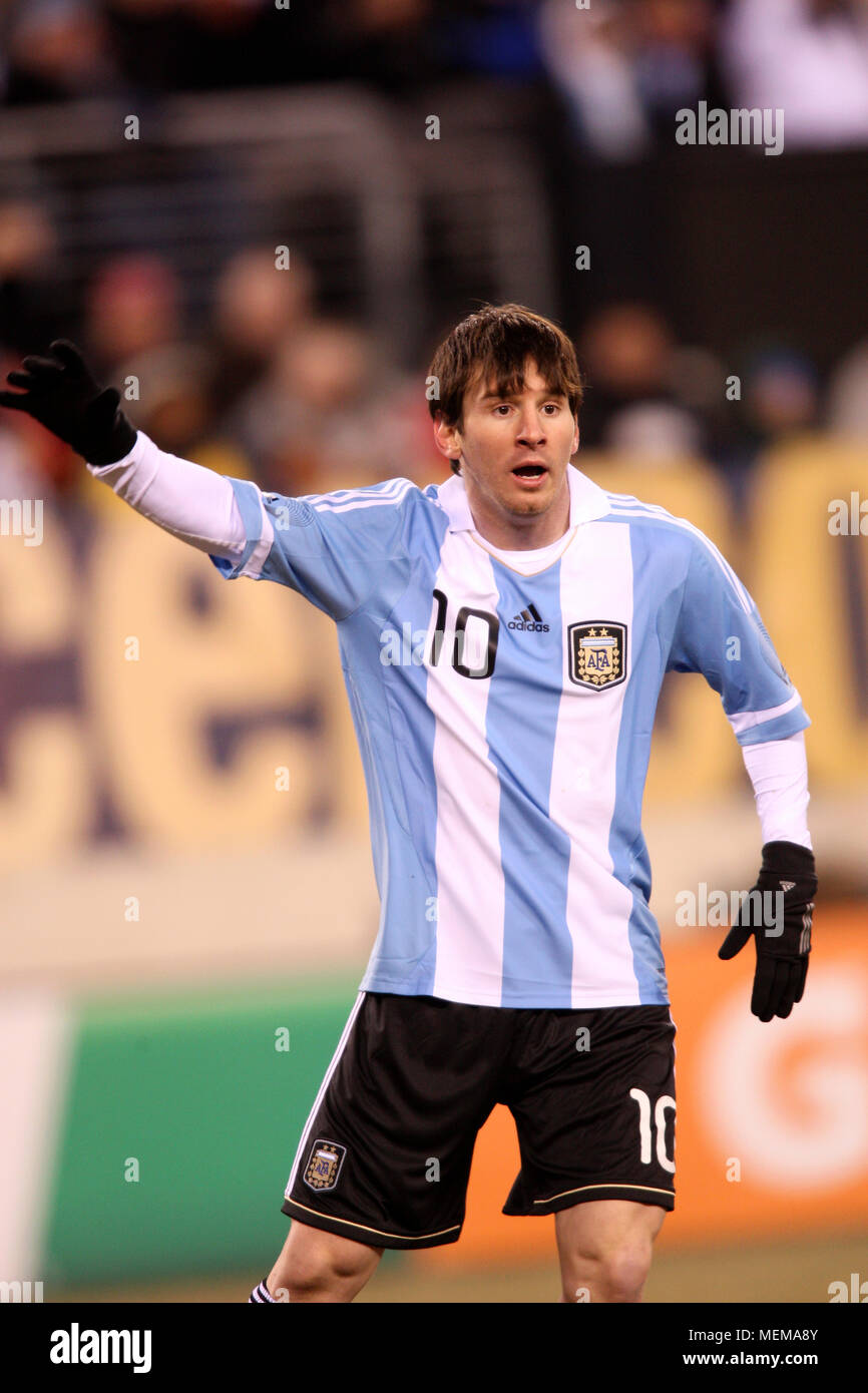 2e26375912c Argentina's Lionel Messi during friendly match between the United States and  Argentina at Meadowlands stadium on