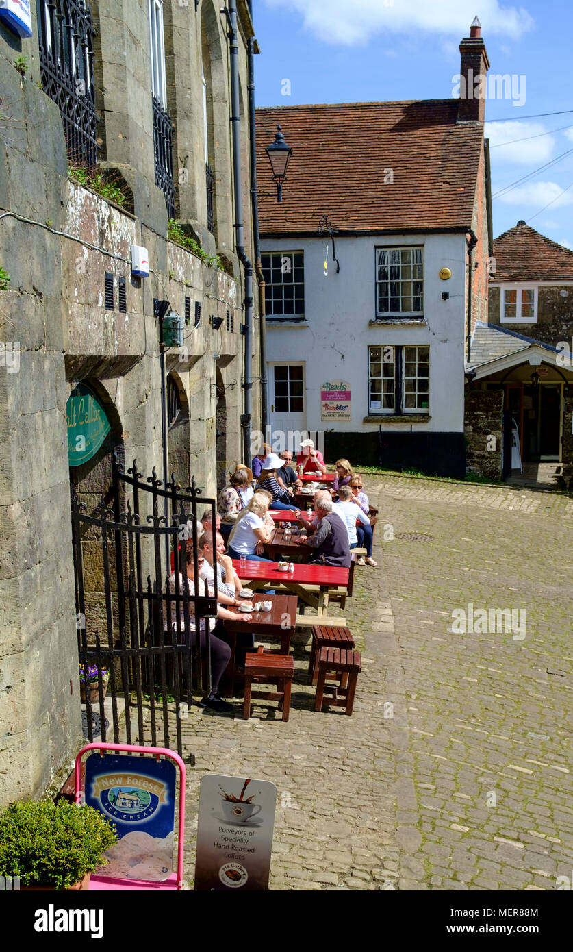 Shaftesbury is a small town in dorset England UK The Salt Cellar Cafe top of Gold Hill - Stock Image