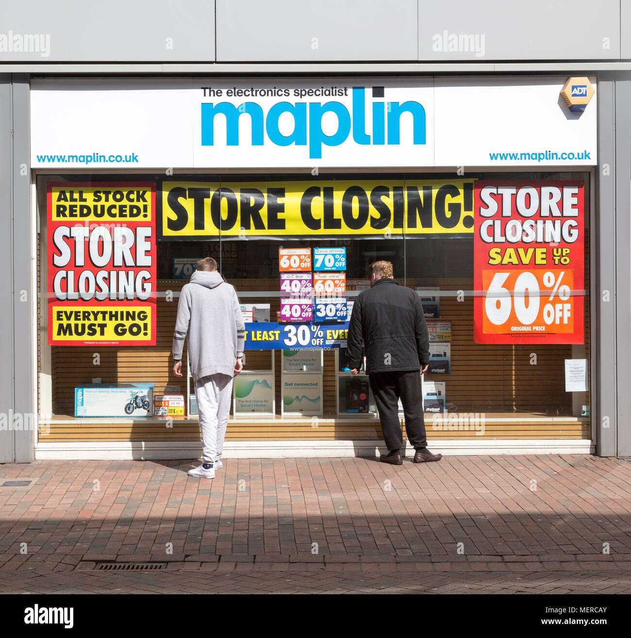 Maplin electronics specialist store closing High Street, Ipswich, Suffolk, England, UK - Stock Image